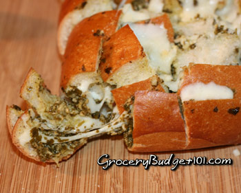 pesto-pull-apart-bread