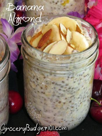 banana-almond-refrigerator-oatmeal