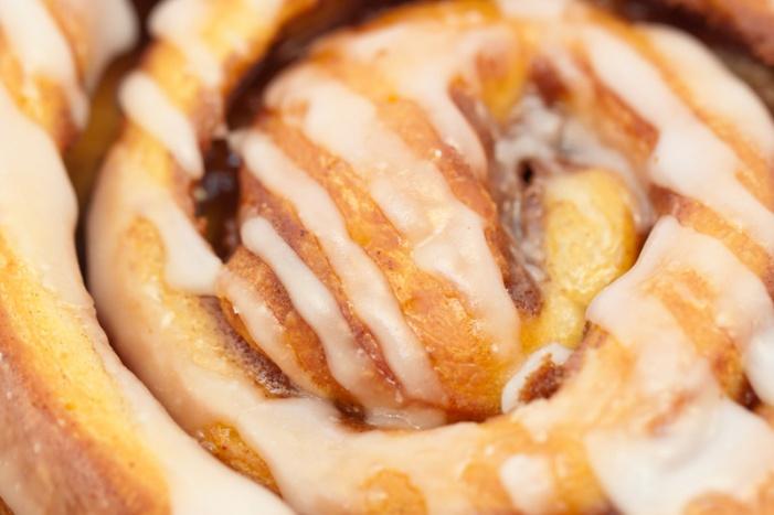 copycat-cinnabon-cinnamon-rolls