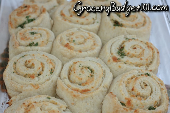 garlic-parmesan-swirl-biscuits